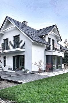 house design Projekt domu Dom w tamaryszkach 2 Realizacje - ARCHON+ Cottage House Plans, Cottage Homes, Future House, My House, Waterfront Cottage, House Plants Decor, Dream House Exterior, Home Fashion, My Dream Home
