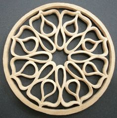 The Melochord: making a hand carved Rosette