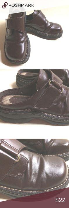 KOALAS by MAINE WOODS Brown Slip On Slide Mules KOALAS by MAINE WOODS Brown Slip On Slide Mules Women's Shoes Size 6 M...Very Nice!! KOALAS Shoes