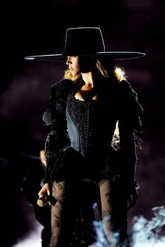 formation world tour | pinterest: ausarsimmonds