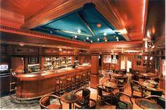 Luxury Cruise Ship The Golden Princess Grill Bar, Holiday Suits, Golden Princess, Cruise Reviews, Cruise Vacation, Vacations, Princess Cruises, Romantic Getaways, Restaurant