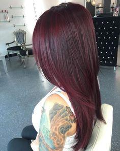 19 Shockingly Pretty Dark Red Hair Color Ideas for 2019 - Style My Hairs Hair Color Auburn, Hair Color Dark, Cool Hair Color, Brown Hair Colors, Hair Colour, Spring Hair Colors, Deep Burgundy Hair Color, Red Color, Red Plum