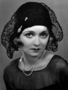 Constance Bennett 1930  millinery#fashion