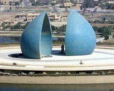 The Martyr's Monument- al Shaheed The Martyr's monument looks a split blue onion-dome, quite massive and built in 1983 to commemorate Iraqi soldiers who died in the war with Iran. A museum, library, cafeteria, lecture hall and exhibition gallery are located in two levels underneath the domes. There are currently no plans to demolish this site, but its long-term future is certainly in some doubt.