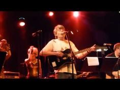Stephen King sings Surfin' Bird (youtube)
