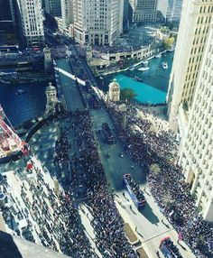 Parade for Chicago Cubs 2016 World Series champions November 4, 2016