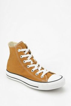 49b8ecd58bc Converse Chuck Taylor All Star Women s High-Top Sneaker - Urban Outfitters  Chucks Outfit