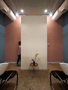 Galería de OD Blow Dry Bar / SNKH Architectural Studio - 10