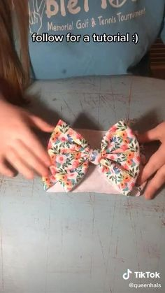 Diy Hair Scrunchies, Diy Hair Bows, Tulle Hair Bows, Making Hair Bows, Diy Baby Headbands, Diy Headband, Fabric Bow Headband, Flower Headbands, Headband Pattern