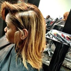 Blonde Wigs Lace Hair Brown Wigs Cute Wigs Ariel Wig Toner For Bleached Hair Dark Roots Blonde Hair, Blonde Wig, Blonde Hair Brown Skin, Blonde Natural Hair, Gray Hair, Frontal Hairstyles, Wig Hairstyles, Toner For Bleached Hair, Bobs Rubios