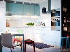 Мебель для кухни Икеа - фото интерьера и каталог кухонь 2013 года