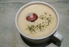 Cream of cauliflower soup with sausage Cauliflower Soup, Goulash, Stew, Sausage, Oatmeal, Pudding, Cream, Breakfast, Tableware