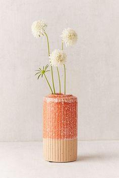Slide View: 1: Hilde Tower Vase