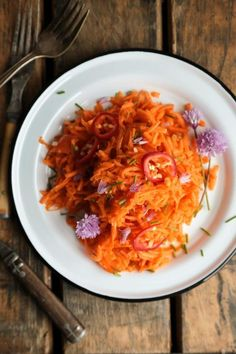 Carrot Salad with Chile Sesame Vinaigrette - an easy summer salad recipe with Asian flavors and flair!