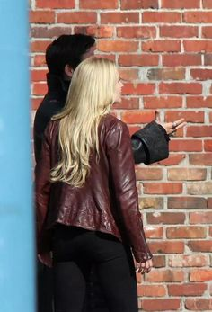 Emma and Hook in A Tale of Two Sisters, #CaptainSwan, July 16 2014