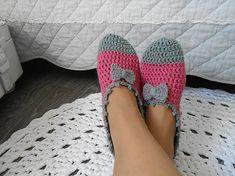 anas / Háčkované papuče v ružovej Slippers, Shoes, Fashion, Moda, Zapatos, Shoes Outlet, Fashion Styles, Slipper, Shoe