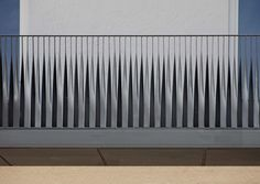 Side vertical pattern by angebauten Balkonen Balustrade Balcon, Balustrade Design, Balustrades, Small Room Interior, Interior Stairs, Interior Architecture, Metal Stairs, Steel Railing, Staircase Handrail