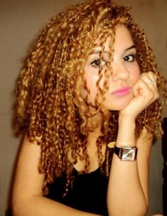 Natural curly hair Golden Curls
