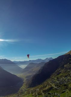 Make every moment count.  Add Paragliding to your bucket list this year and soar through the skies of Verbier.