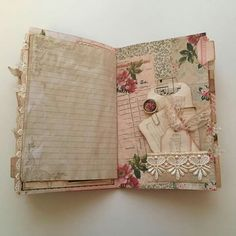 Resultado de imagem para ideas for junk journal Junk Journal, Journal Paper, Art Journal Pages, Bullet Journal, Journal Sample, Vintage Ephemera, Vintage Books, Vintage Journals, Vintage Art