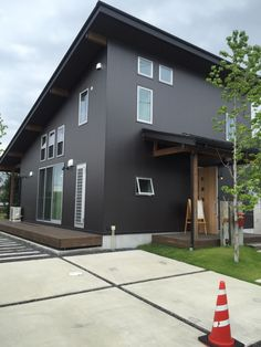 Exterior, House Design, Doors, Kitchenette, Tiny House, Outdoor Decor, Arch, Home Decor, Facades