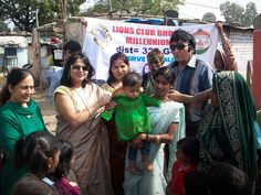 Millennium Bhopal Lions Club (India) | Lions distributed woolen clothes to the needy