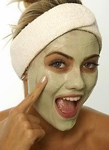 Remedios para quitar manchas en la piel - Si Ud está buscando un método casero para blanquear la piel, vea esta serie de remedios para quitar manchas en la piel que la medicina natural tiene para ofrecerle y sepa cómo resolver el problema en su propia casa: http://comoremovermanchasenlapiel.com/remedios-para-quitar-manchas-en-la-piel/