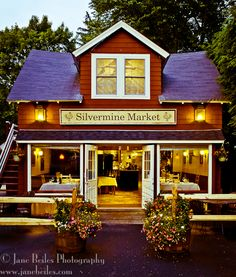 Historic Silvermine Market in New Canaan, CT. Hopefully make it there for dinner this month! :)
