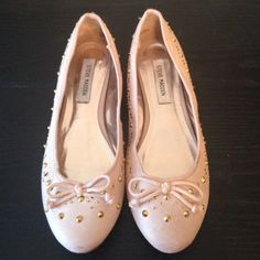 Pink Ballet Flats by Steve Madden Adorable pair of pink ballet flats with bow and gold studs. EUC. Only worn a handful of times. Steve Madden Shoes Flats & Loafers