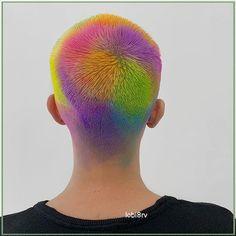 Hair Inspo, Hair Inspiration, Shaved Head Designs, Soft Grunge Hair, Color Fantasia, Buzzed Hair, Hair Tattoos, Fantasy Hair, Hair Reference