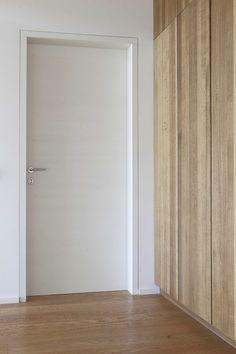 keep interior bedroom doors? Indoor Door Handles, Indoor Doors, Contemporary Interior Doors, Modern Interior Design, Modern Door, Interior Trim, Internal Doors, Windows And Doors, Interior Design Living Room