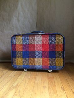 063fbbdf7b3 amazing vintage 1970's tweed rolling Skyway luggage suitcase travel bag  made in the USA