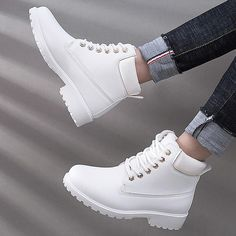 outlet store cfb06 f30bb Women Sport Shoes 2018 Winter Sneakers Women zapatos de mujer Plus Size  Comfortable Wearproof Women Running Shoes Ladies Shoes