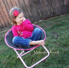 Recovering Kid's Saucer Chair: using this thrift store chair for cheap and how to recover it.  www.makeit-loveit.com
