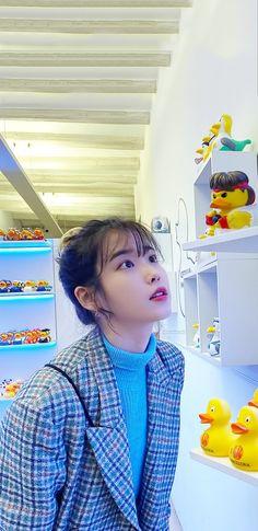 Korean Actresses, Korean Actors, Korean Celebrities, Celebs, Bts K Pop, Instyle Magazine, Cosmopolitan Magazine, Iu Fashion, Flower Boys