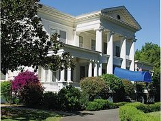 Admiral's Mansion at Mare Island and St. Peter's Chapel-- i need to live here.
