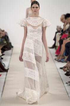Runway : Valentino Couture, New York :: This is Glamorous