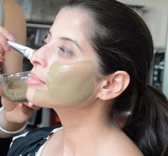 use this homemade face mask remedy to visibly reduce the size of open pores in 10 minutes