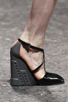Prada, Show Fall/Winter 2014-2015 - Vogue English