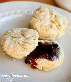 Biscuits with Hot Syrup