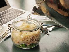 DIY Chicken and Dill Instant Noodles   25+ Mason Jar Eats