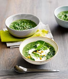 Spinach and quinoa soup with yoghurt and pickled chillies recipe // Gourmet Traveller Gourmet Recipes, Soup Recipes, Vegetarian Recipes, Cooking Recipes, Healthy Recipes, Paella, Soup Kitchen, Spring Recipes, Winter Recipes