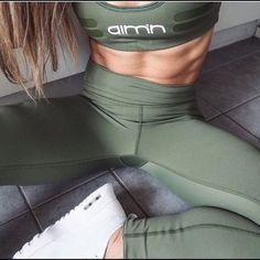 Aim'n Other - ISO Aim'n sportswear !