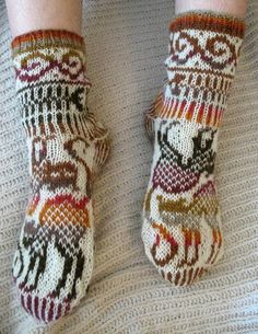 Cats diagram for knitting socks and mitterns. I would love to be able to knit, I so want these....eb
