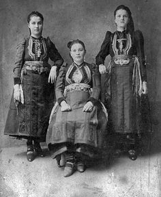 Dardha, Albania: Portrait of women (Photo: Thimi Raci, ca. Folk Costume, Costumes, Albanian People, Albanian Culture, Greek Life, Historical Pictures, Draco, Portrait, Instagram Posts
