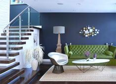 22 Living Rooms with Metal Wall Decorations | Home Design Lover