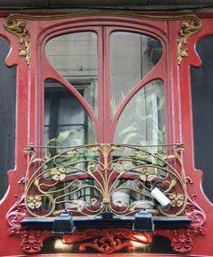 Janela em Barcelona, Espanha.
