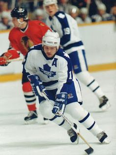 Wendel Clark vs Chicago Blackhawks