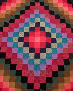 Sunshine and Shadow by Puzzler4879, via Flickr Beautiful take on the trip around the world quilt