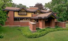 Peter Beachy House. Prairie Style. Frank Lloyd Wright. 1906. Oak Park, Illinois